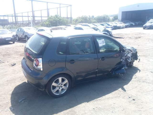 2009 Volkswagen Polo 1.4 Comfortline Stripping For Spares