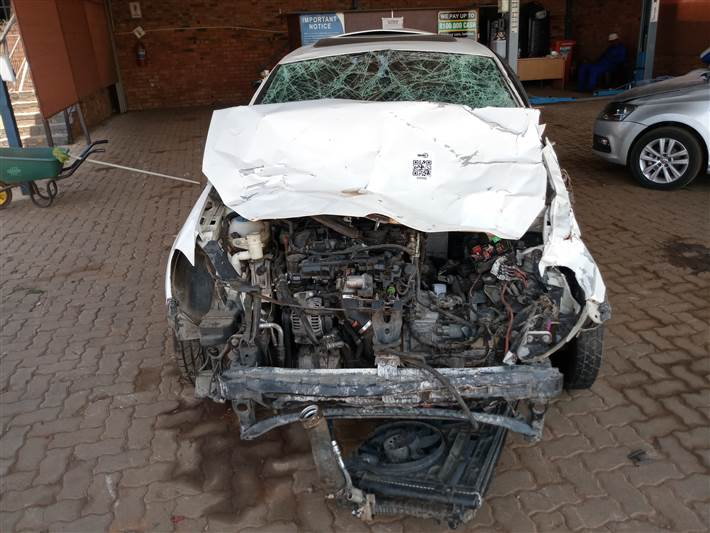2010 Volkswagen Golf Vi Gti 2.0 Tsi Stripping For Spares