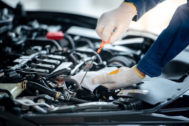 how long does it take to change engine oil